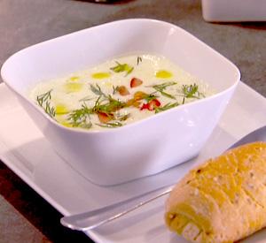 Zuppa di pollo e cetrioli