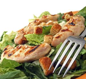 Insalata di pollo grigliato alla Cesare
