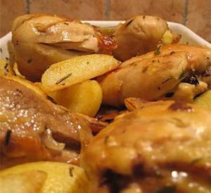 Pollo arrosto con aglio e patate